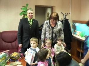 МБФ «Центр социальных проектов будущего» и CityCommerce Bank передали адресную помощь воспитанникам детского дома №1 в Донецке