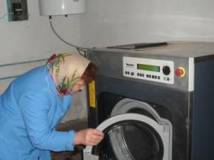 МБФ «Центр социальных проектов будущего» передал 2 промышленные стиральные машины для школ-интернатов
