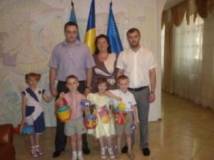 МБФ «Центр социальных проектов будущего» совместно с CityCommerce Bank передали помощь в Луганский областной детский дом №1